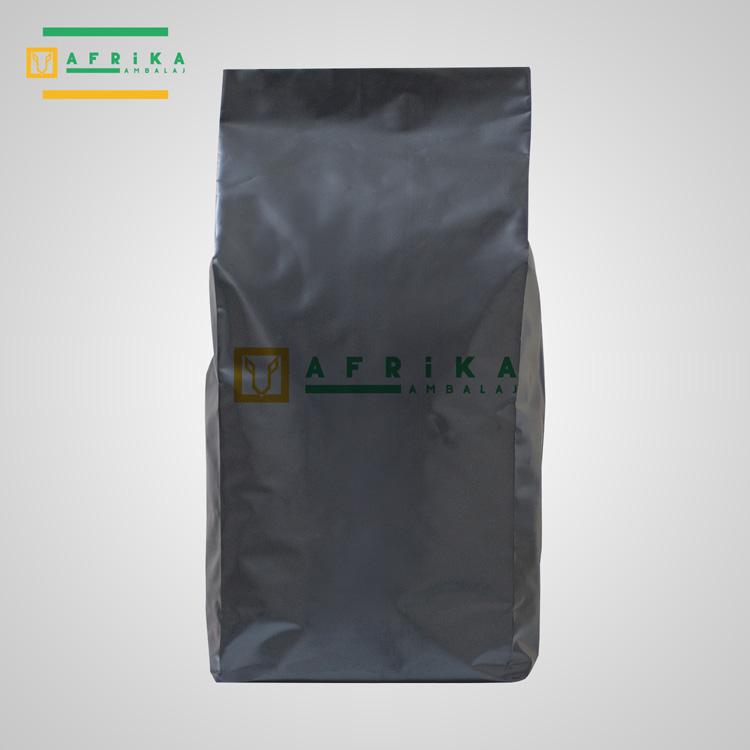 mat-siyah-aluminyum-yandan-koruklu-torba-1
