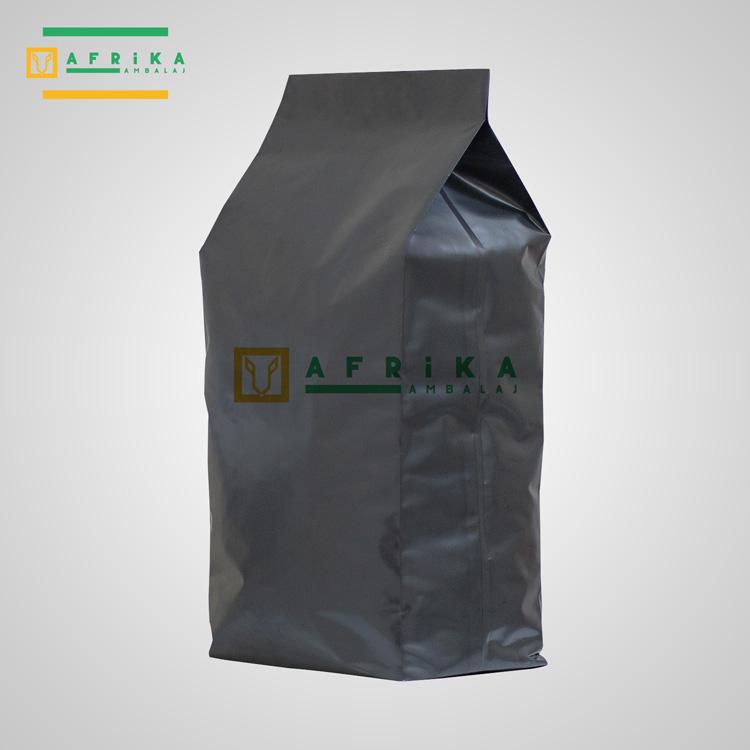 mat-siyah-aluminyum-yandan-koruklu-torba-2