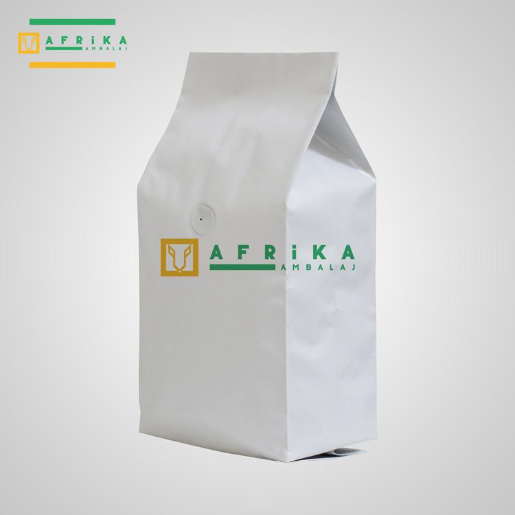 valfli-mat-beyaz-aluminyum-yandan-koruklu-torba-2