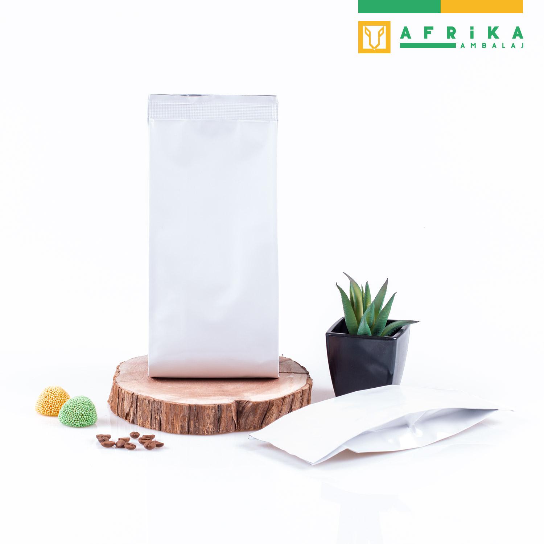 beyaz-aluminyum-yandan-koruklu-torba-3