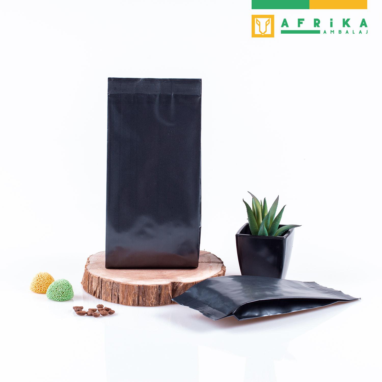 mat-siyah-aluminyum-yandan-koruklu-torba-3