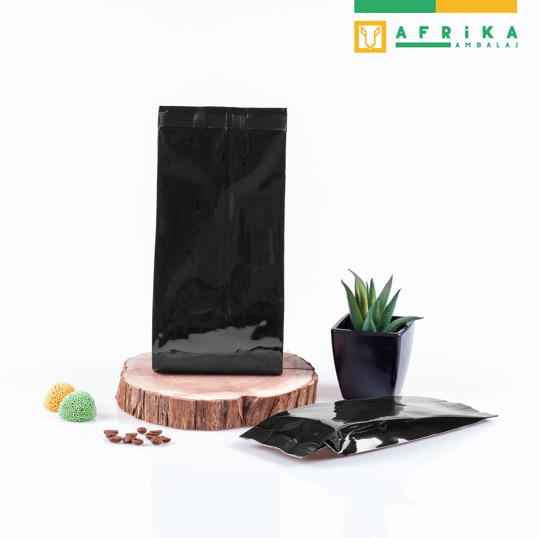 siyah-aluminyum-yandan-koruklu-torba-3