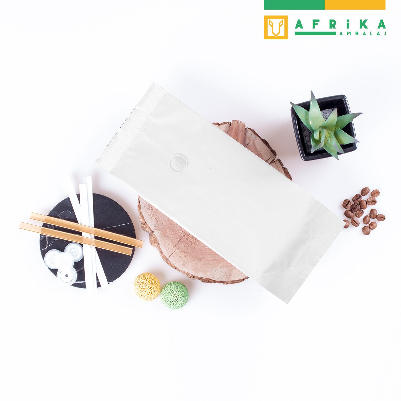 valfli-mat-beyaz-aluminyum-yandan-koruklu-torba-4